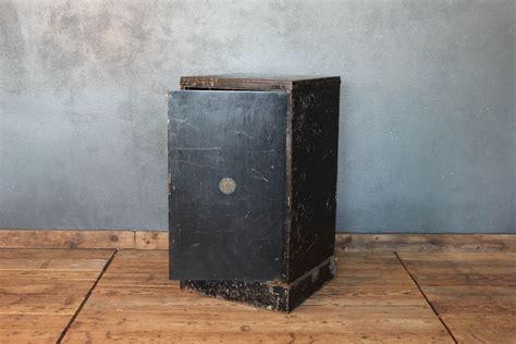 cassettiere in ferro cassettiera in metallo vintage color nero anni 20 industriale