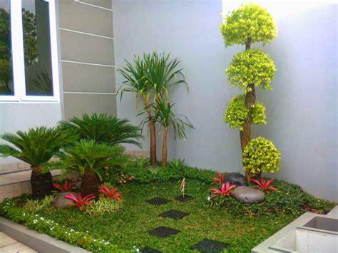 gambar taman bunga depan kamar indah rumah impian