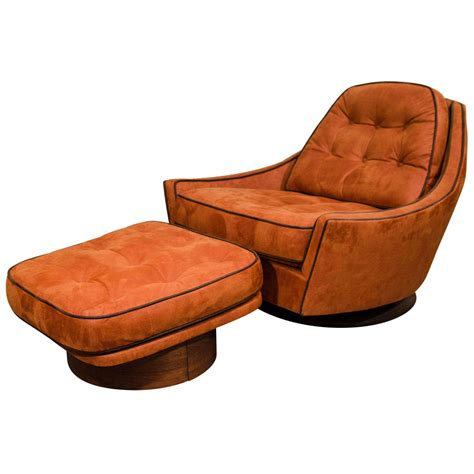 Vintage Swivel Club Chair And Ottoman At 1stdibs Swivel Chair Ottoman