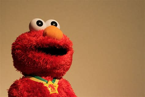 cute wallpaper elmo elmo is innocent or why some people lie