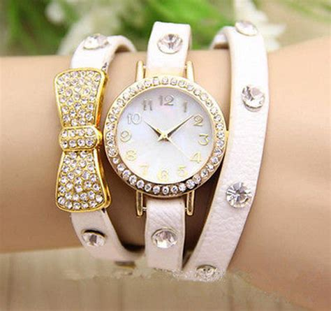 new fashion quartz bracelet