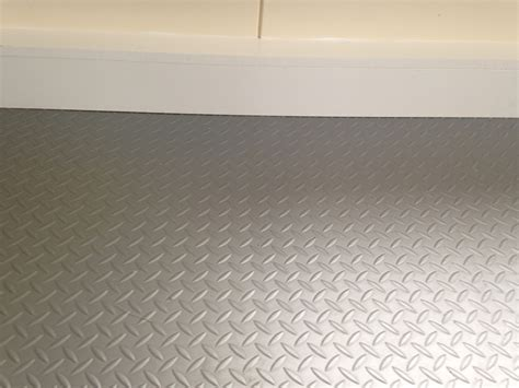 Plate Flooring by Used 18 Mtr Roll Silver Grey Chequer Plate Industrial