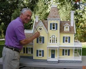 How To Build A Victorian House custom victorian dollhouse dollhouse mansions