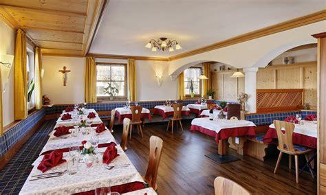 mediterraner speisesaal hotel tschantnaihof steinegg im eggental s 252 dtirol