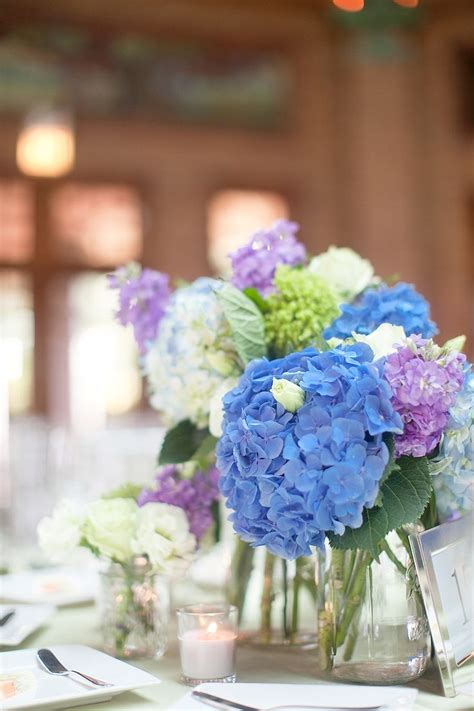 blue hydrangea centerpiece 1000 ideas about blue hydrangea centerpieces on hydrangea centerpieces blue