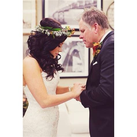 where did kari jobe get her flower crown for her wedding 66 best kari jobe images on pinterest kari jobe