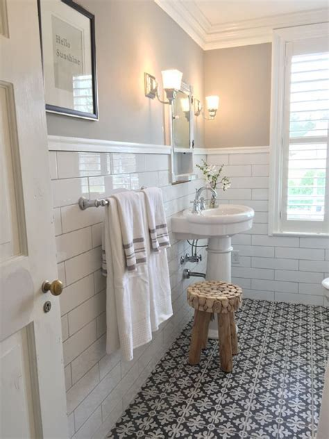 Bathroom Wall Idea by 25 Best Ideas About Subway Tile Bathrooms On