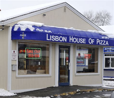 lisbon house of pizza for fat crusts and plenty of leftovers lisbon house of pizza in lisbon falls mainetoday