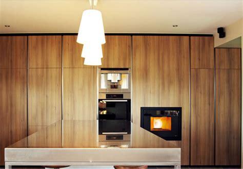 camini in cucina stufe e camini un fuoco in cucina