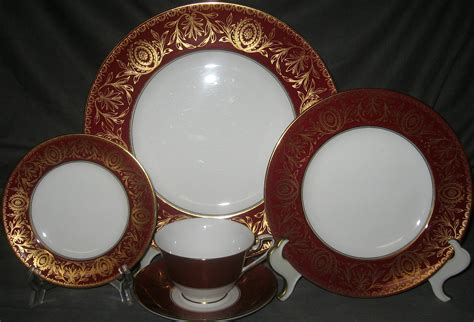 gold pattern dinnerware royal worcester pompadour red gold 5 piece place set