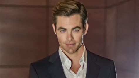 Chris Pine Hairstyle by Chris Pine Swears By Argan And His Pearson Hair