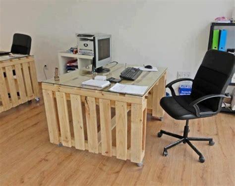 bureau en palettes bureau en palette mod 232 les diy et tutoriel pour le