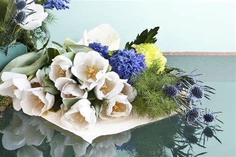 quadri con fiori di pittori famosi dalani composizioni floreali profumi di primavera
