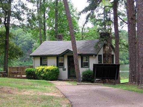 Chickasaw Cabins And Lodge chickasaw sp sagamore lodge picture of chickasaw state park henderson tripadvisor