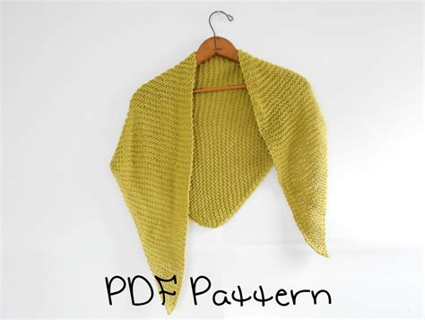 beginner knit shawl pattern shawl knitting pattern easy triangle shawl pattern beginner