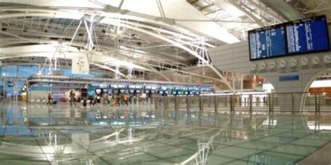 areoporto porto sef faz quatro deten 231 245 es no aeroporto do porto tribuna