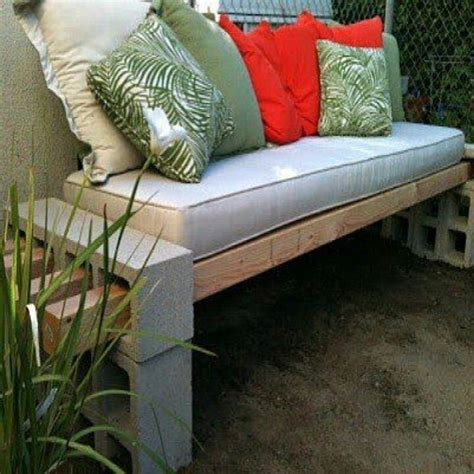 cement block bench cinder block bench something different future crafts