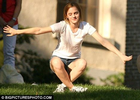 emma watson gpa emma watson ditches the movie star glamour as she starts