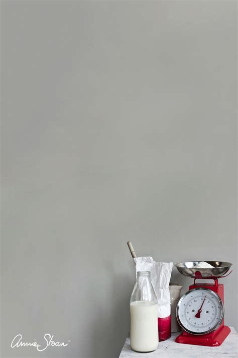 paris grey accent wall paris grey wall paint annie sloan