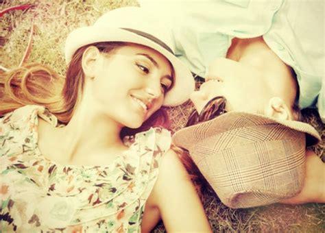 Imagenes Alegres De Parejas   la complicidad el secreto de las parejas felices en