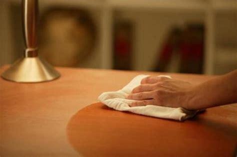 polvere in casa sostanze tossiche fino a 45 tipi diversi nella polvere di