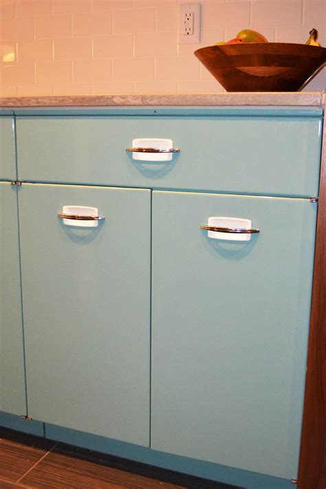 retro metal kitchen cabinets sam has a great experience with powder coating her vintage