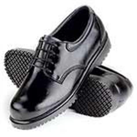 sfc slip resistant shoes cool tools