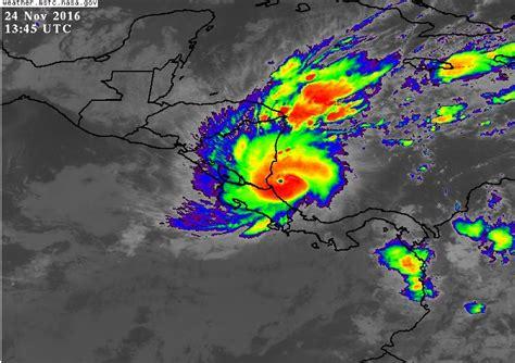 imagenes satelitales meteorologicas nasa hurac 225 n otto ya golpea tambi 233 n a nicaragua