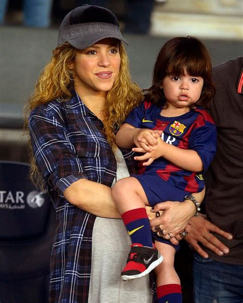 shakira welcomes baby boy and his name is e news gerard pique current news breaking news bellenews com