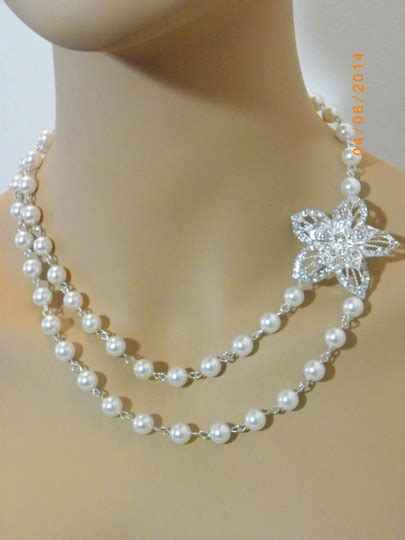 White Vintage Flower Necklace white vintage style swarovski pearl pearl rhinestone
