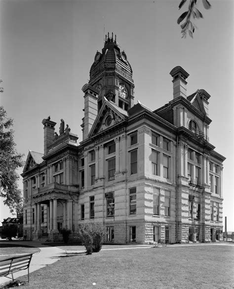 Marshall County Court Records File Marshall County Courthouse Marshalltown Jpg Wikimedia Commons