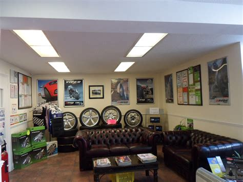 approved toyota service centres road runner service centre in finchley approved garages