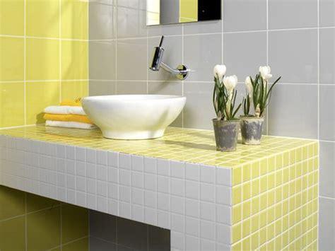 como decorar  bano color amarillo