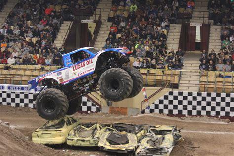 monster truck show green bay brown county veterans memorial arena
