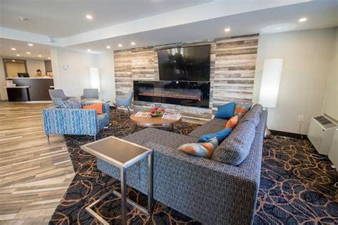 comfort inn montreal comfort inn montreal aeroport hotel pointe claire canada