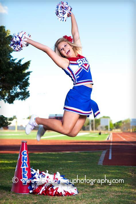 senior girl cheerleader steve conway photography sundown senior cheerleaders
