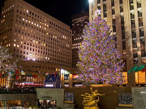 rockefeller center s christmas tree business insider