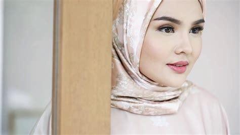 pakai hijab  cantik buat kamu  wajah