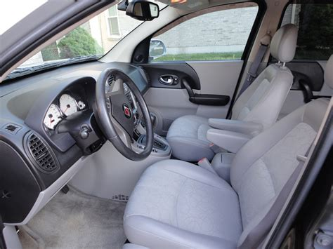 Saturn Vue 2004 Interior by 2004 Saturn Vue Interior Pictures Cargurus