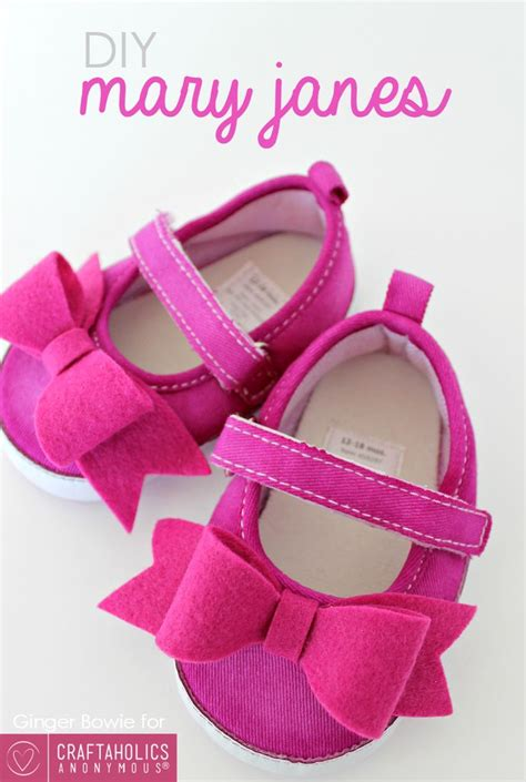 diy crib shoes diy shoes baby shoes tutorial shower gifts