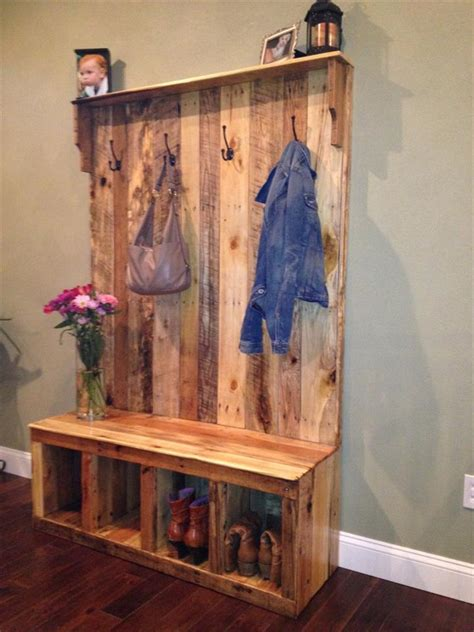 Entryway Storage Bench Plans Free by Pallet Hall Tree Shoe Rack Or Coat Rack 101 Pallets