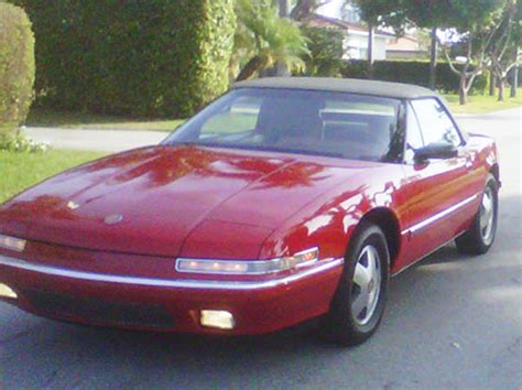 sold 1990 buick reatta convertible 15 995 1990 red buick reatta convertible 12 000 buy or sell classic buick reatta coupe or convertible