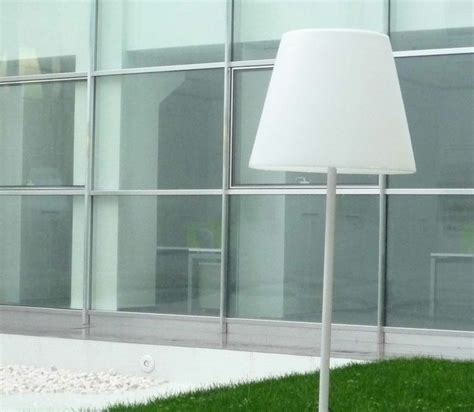 Eclairage Exterieur Sur Pied by Ladaire De Jardin 50 Mod 232 Les Pour Votre Ext 233 Rieur