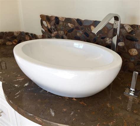 Meja Wastafel Kamar Mandi 25 model wastafel minimalis modern untuk kamar mandi 2018