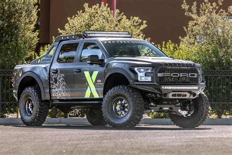Expedition E6737 Gold N Black ford performance and xbox collaborate on custom f 150 raptor to appear at sema and in forza