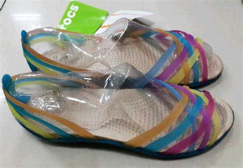 Sepatu Pantai Wanita jual sepatu sandal wanita crocs huarache flat shoes