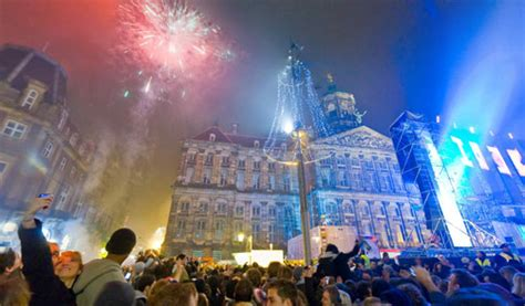 amsterdam new years fireworks insider guide amsterdam new year s 2015 clink hostels