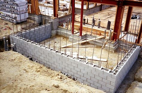 how to start building a house how to build a concrete block wall with your own hands