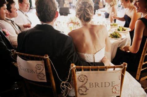 Menikah Untuk Bahagia Sebuah Jalan Cinta menikah bukan perkara umur melainkan sebuah kesiapan memikul tanggung jawab vebma