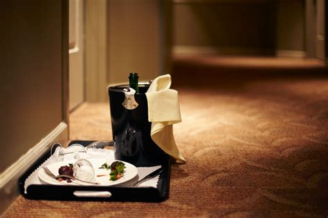 room service photos say goodbye to your hotel s overpriced room service menu bloomberg